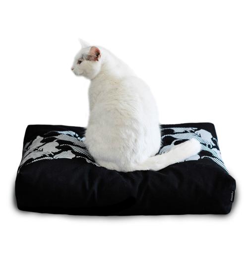 Czarna miękka poduszka/ legowisko dla kota