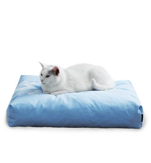 Wygodna niebieska poduszka legowisko dla kota