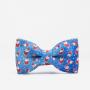 Niebieska mucha na szyję dla chłopca -ze świątecznym wzorem. Na wigilię dla syna.