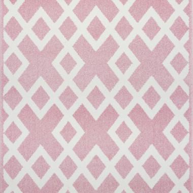Przepiękny różowy dywan dziecięcy w białe zygzaki nada niepowtarzalnego charakteru każdemu pokoikowi dziecięcemu.