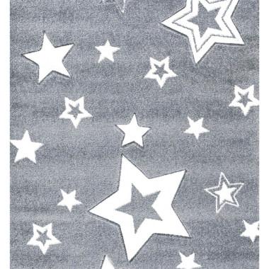 Szary dywan dla dzieci STARLIGHT w białe gwiazdy-zapewnia nowoczesne akcenty w pokoju zabaw dla dzieci.