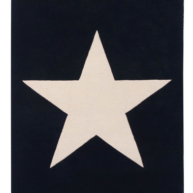Czarny wełniany dywan na podłogę do pokoju dziecka/nastolatka z dużą jasną gwiazdą.