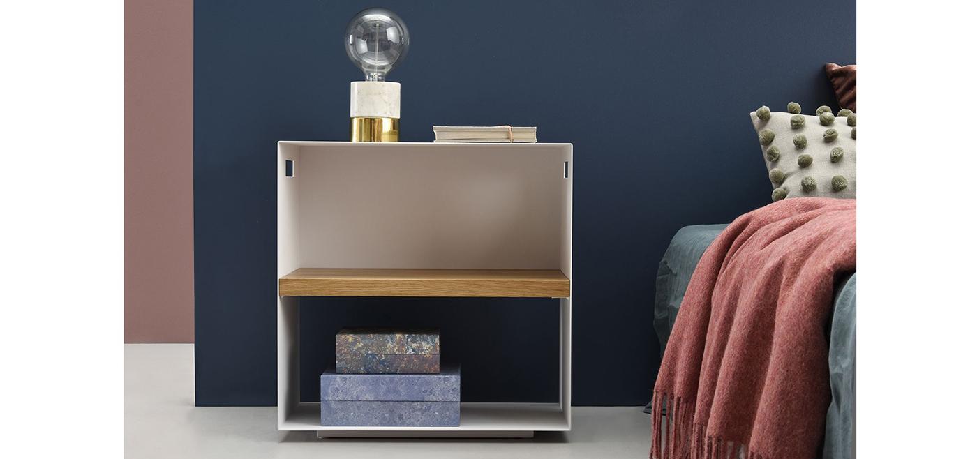 minimalistyczny-stolik-pomocniczy5