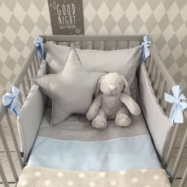 Szara poduszka dla dziecka-ksztalt gwiazdki