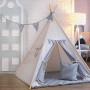 owy namiot dla dziecka do zabawy. Posiada proporczyki w kratkę.