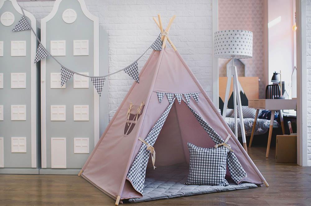 Namiot tipi/wigwam dla dzieci z proporczykami-róż. Prezent na roczek, 2 latka lub pod choinkę