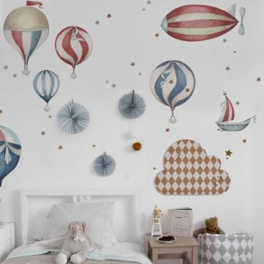 Czerwono-niebieskie balony na ścianę do pokoju dziecka
