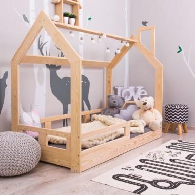 Łóżko Domek dla Dzieci Gaya Naturalne z Barierkami