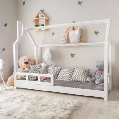 Łóżko domek dla dzieci w stylu skandynawskim