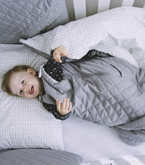 Milky Grey – śpiworek niemowlęcy do spania