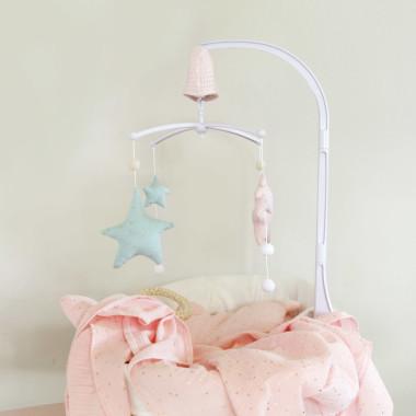 Gwiazdki pink/masala – karuzela do łóżeczka z obrotową pozytywką
