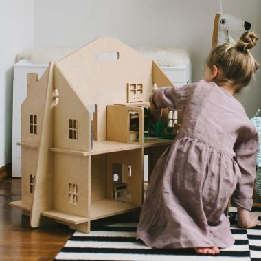 Składany dom dla lalek – bezpieczny, bez śrubek!