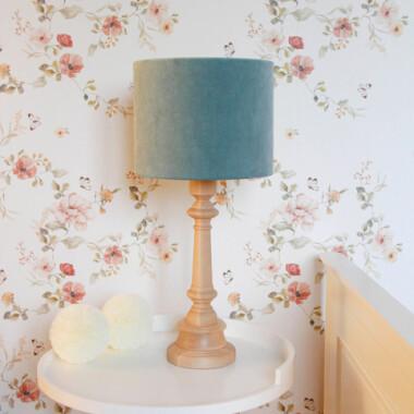 Oryginalna lampa stojąca VELVET MINT to pomysł na dodatkowe oświetlenie do dziecięcego pokoju