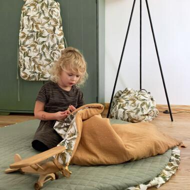 Amazonia_Mata do zabawy, leżenia na brzuszku ale także jako ozdobny dywanik w pokoju dziecka lub teepee (dużego baldachimu).