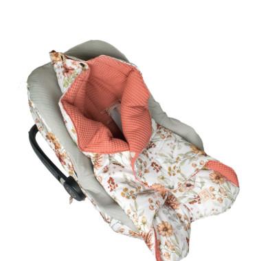 Coco Flower – otulacz do fotelika samochodowego