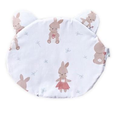 Dwustronna poduszka miś wykonana z wysokogatunkowej bawełny z uroczym wzorem Balonowe Przyjęcie Króliczka z jednej strony i minky velvet w kolorze brudnego różu z drugiej, ozdobiona uszami.