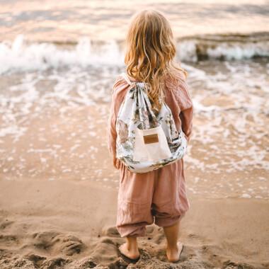 Plecaczek dla dziecka ze sznureczkami w zwierzątka. Do przedszkola/na kapcie/na wakacje.