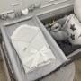 Biały rożek dla noworodka/niemowlęcy z falbanką. Wyprawka do szpitala.
