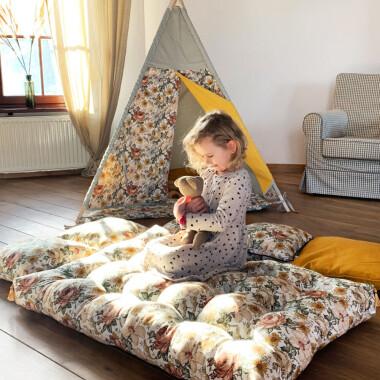 Meadow – ręcznie pikowany materac do zabawy dla dzieci-materac w kwiaty