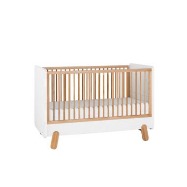 Łóżeczko pod materac 140×70 cm z kolekcji I'ga z funkcją przekształcenia w tapczanik dla wiekszego dziecka.