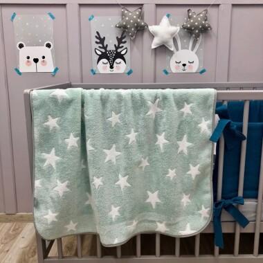 Ciepły polarowy kocyk dla dzieci w gwiazdki w kolorze miętowym