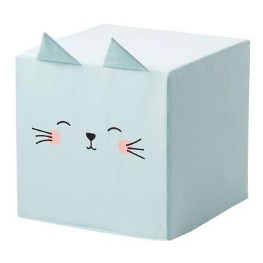 Niebieski / miętowy puf kostka z uszami kotek  to niezwykły dodatek do pokoju dziecka.