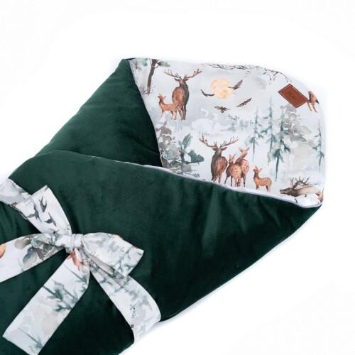 Dwustronny rożek niemowlęcy wykonany jest ręcznie z bawełny premium oraz miękkiego i miłego w dotyku materiału velvetu gładkiego. Zielony.;