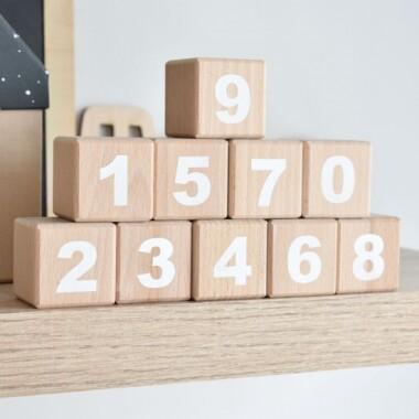Drewniane Kostki z Cyferkami do pokoju dziecka- drewniane klocki dla dziecka