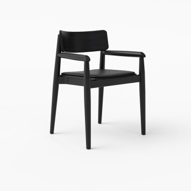 1-krzeslo-z-podlokietnikami-drewanie-czarne