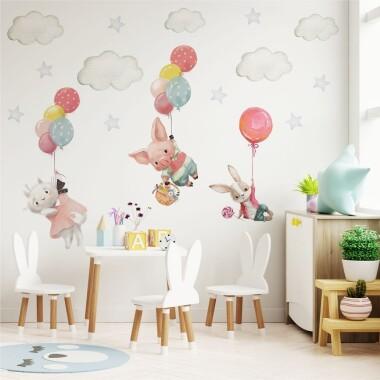 zwierzatka-z-balonami-w-chmurach-naklejki-na-sciane-dla-dzieci