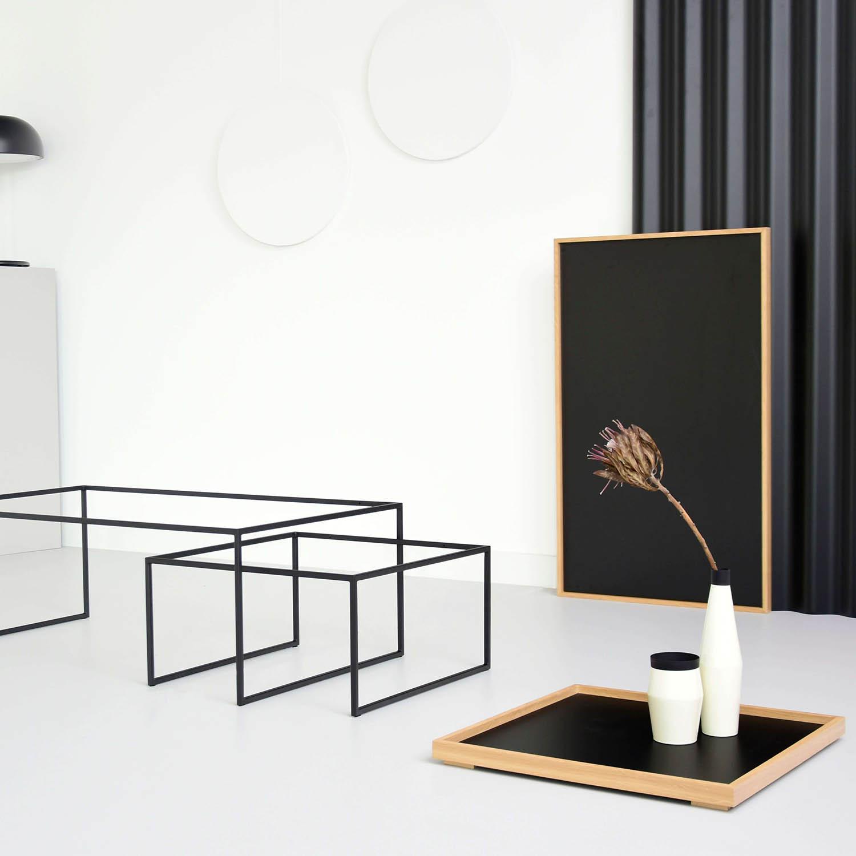 stoliki-czarne-debowe-z-taca